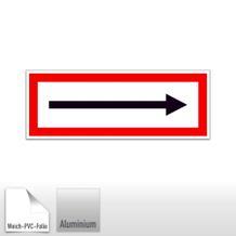 Hinweisschild für die Feuerwehr ----> (Richtungspfeil)