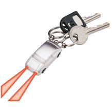 Schlüsselanhänger in Autoform mit LED-Taschenlampe